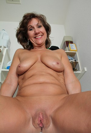 shaved granny pussy pics Shaved Mature Galleries - Aged Mamas.